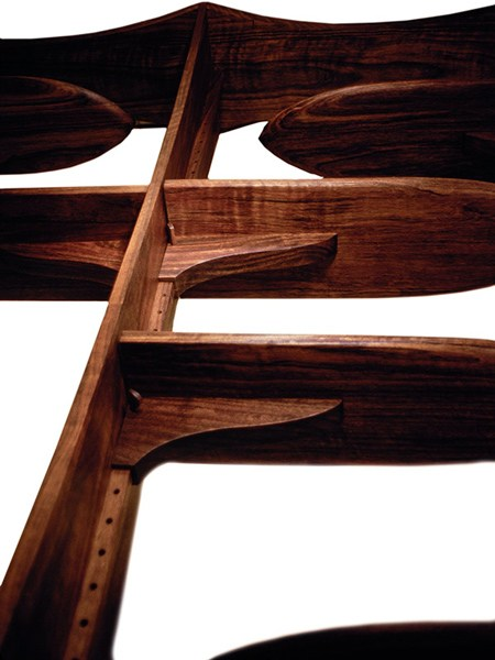 3—Jacob's-Ladder-shelf-detail