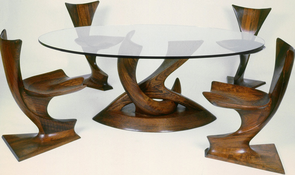 3—Pas-de-Deux-I-with-Viking-chairs