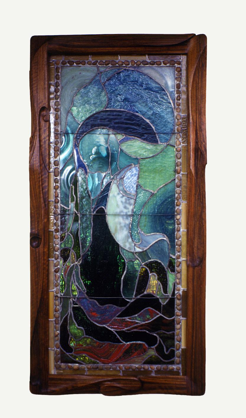 carved-frame_tiffany-window
