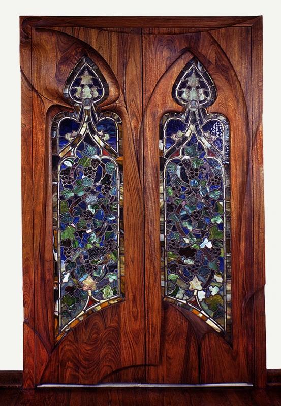 carved-frame_tiffany-door