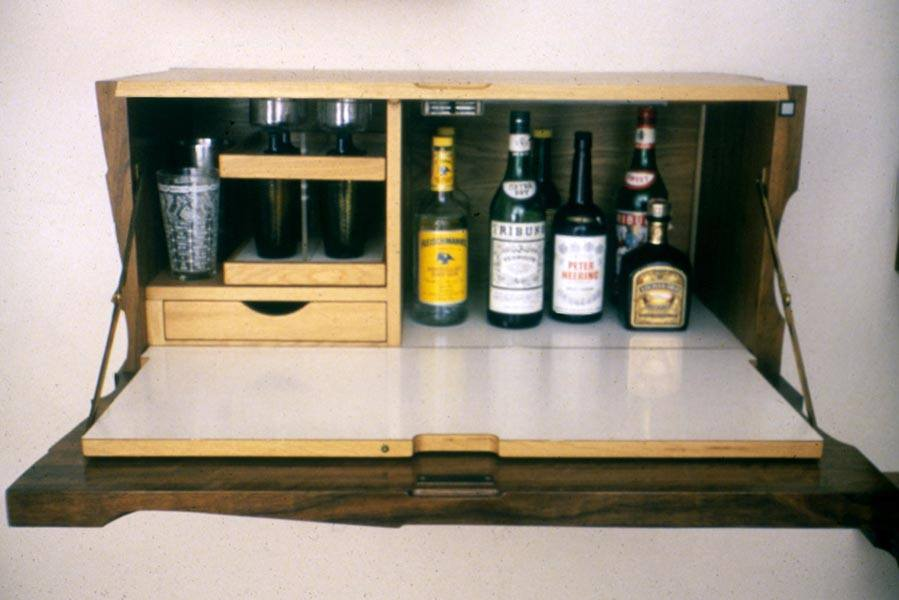 Variations-bar-open